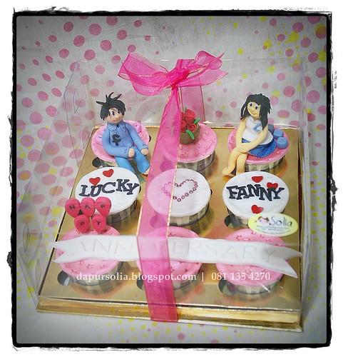 Anniversary Cupcake Set