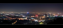 universal city overlook (Eric 5D Mark III) Tags: california city longexposure light usa building night canon landscape photography losangeles cityscape view nightscape unitedstates atmosphere wideangle universalcity freeway midnight 13 overlook studiocity ericlo ef24105mmf4lisusm horizontalpanorama eos5dmarkii universalcityoverlook hpano