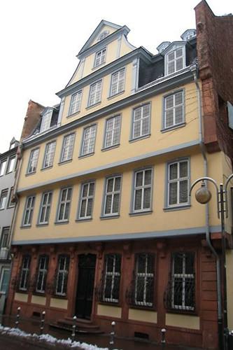 Exterior photograph of Goethe's home © Gavin Plumley/ROH 2011