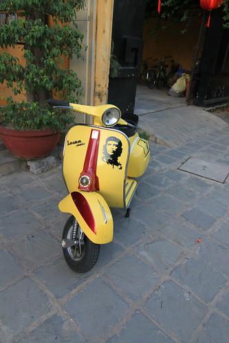 Che Guevara Vespa Scooter - 1