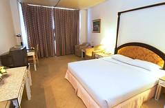 アリストン ホテル