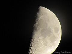 Moon, Luna. ISO-100, exp. 1/30s, zoom .375