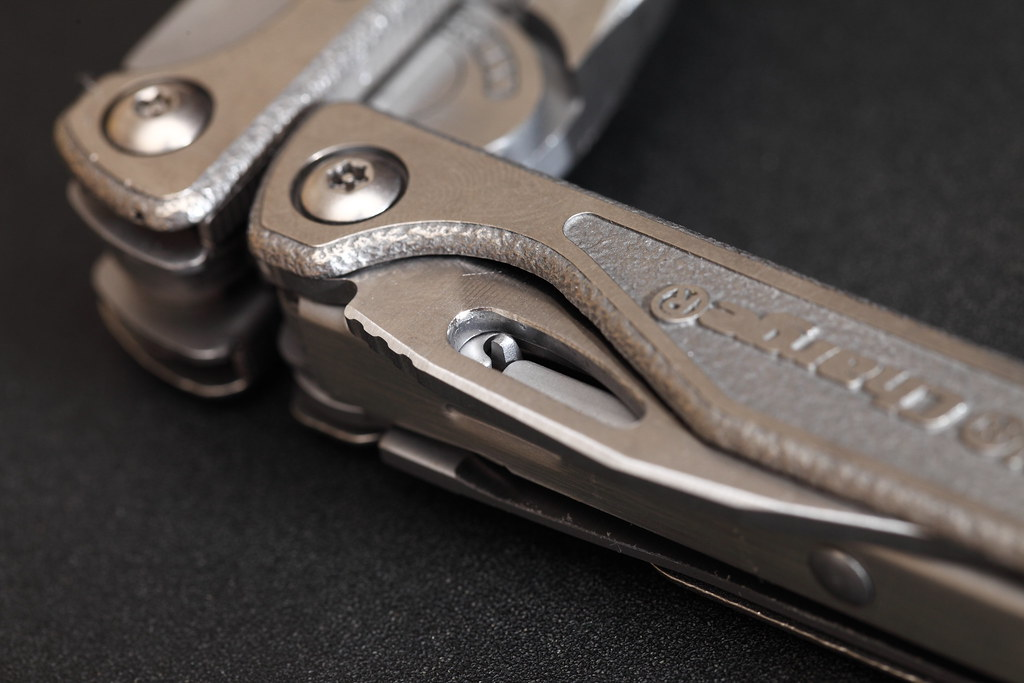 Leatherman Charge TTi by AlexW