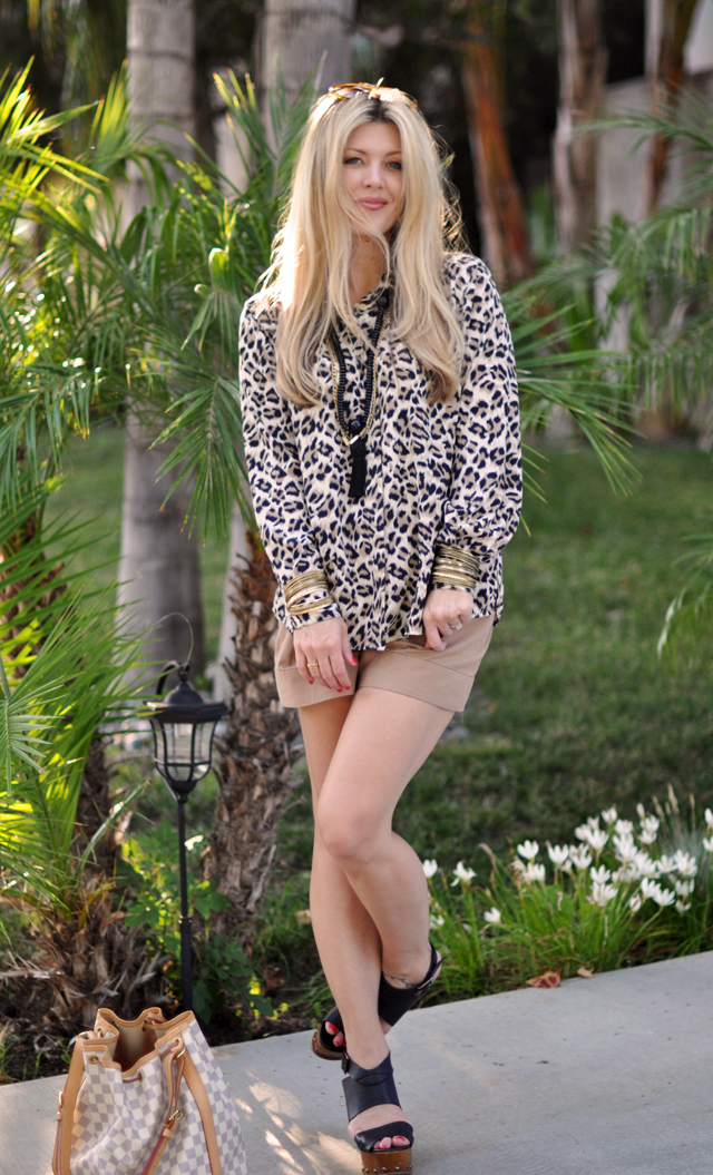 dressed up shorts   and   platform sandals with leopard blouse