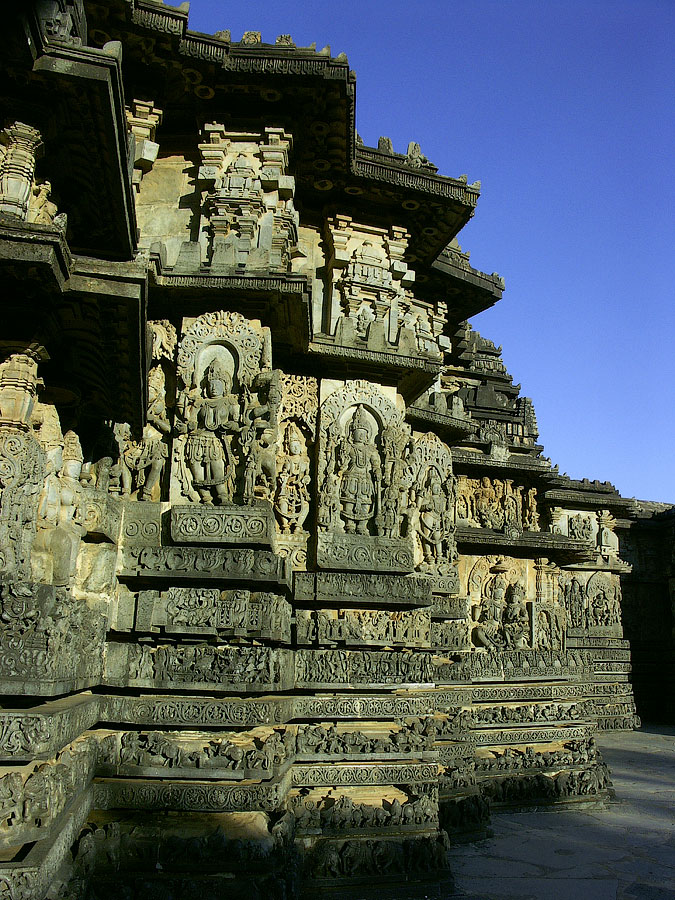 Халебид - изящество каменных кружев Хойсала © Kartzon Dream - путешествия в Индию