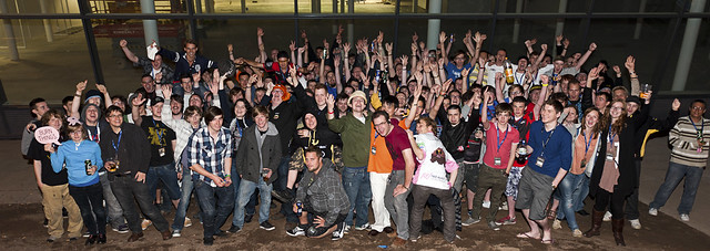 All the heroes of i43 - Photo taken by Multiplay
