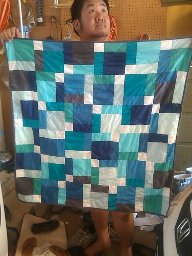Disappearing nine patch baby quilt