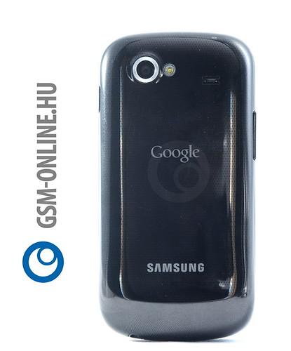Google Nexus S hátlapja