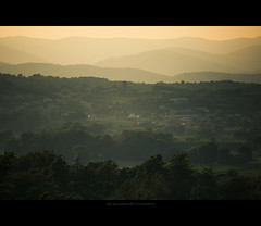 Les montagnes du Var (Marc Benslahdine) Tags: wood trees france mountains montagne village explore var fort provencealpescotedazur canonef70200f4lusm canoneos5dmarkii marcbenslahdine marcopixcom