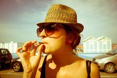 Rob (sophystica) Tags: sea summer portrait woman beach canon mare estate rob smoking 50s ritratto spiaggia senigallia sigaro 2011 summerjamboree eos500d sophystika