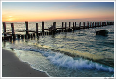 Catching the moment (schmilar77) Tags: sunset sun beach strand landscape sand sonnenuntergang balticsea 09 nikkor landschaft sonne ostsee zingst cokin stativ dars ndgrad 121s afsdxnikkor1870mmf3545gedif
