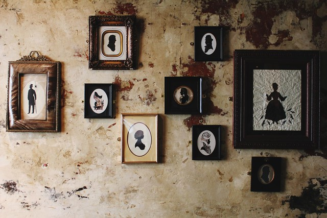 vintage silhouette frames