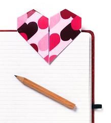 Origami création - Didier Boursin - Marque page coeur
