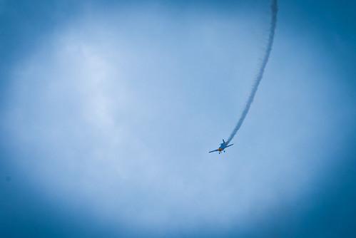 Самолёт как на тарзанке,словно подвешен в воздухе на длинном шнуркеDSC_6988 by andrey.salikov
