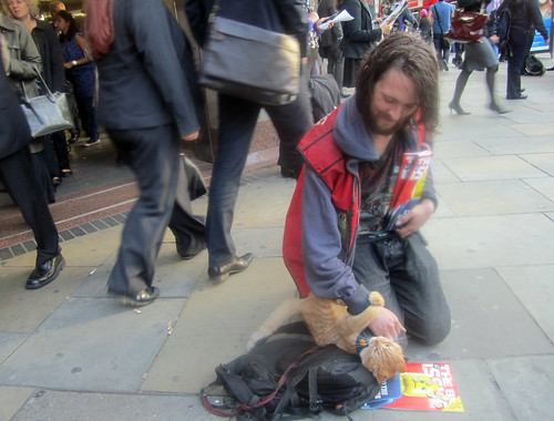 James & Bob the Big Issue Angel Tube Cat - 8th September 2011