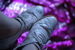oxford  (Natlia Viana) Tags: flowers flores shoes bokeh oxford sapatos estampa colorphotoaward natliaviana loveoxford