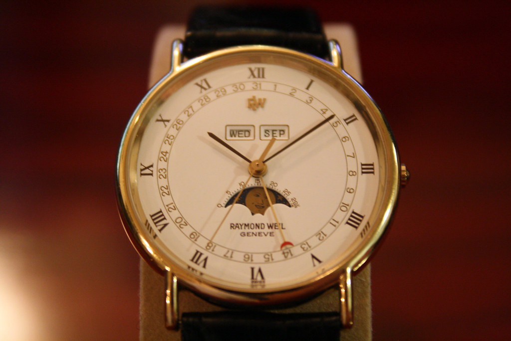 RAYMOND WEIL 5483-2 Moon Phase Calendar Watch (2)