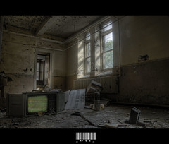 Plus De Tl Au Negro (_MrQ*s_ (Marcus)) Tags: windows television photoshop tv nikon chaos decay destruction creepy ncc 18200 hdr d80 cs5 negrocommunitycenter