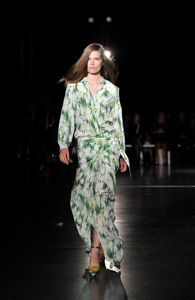 Matthew Williamson Runway Spring 2012