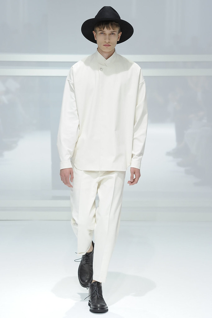 Misha Patel3018_SS12 Paris Dior Homme(VOGUEcom)