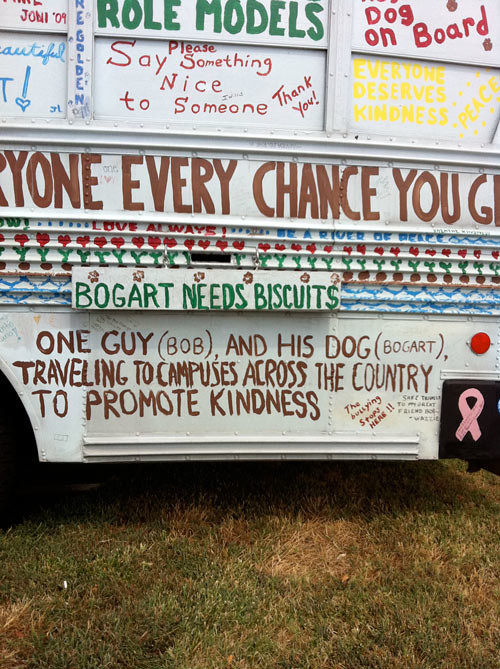 kindness-bus-every-chance