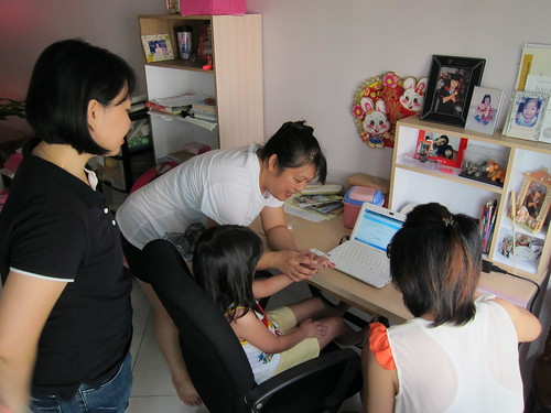 Mummy getting Cheong Leng to start