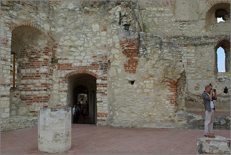 Janowiec zamek,  I piętro