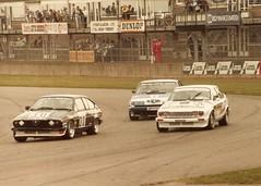 Alfa & Rover - RAC Trimoco British Saloon Car Championship Donington 1985 (mendaman) Tags: car hall championship kirby jon 4 may rover rob round alfa romeo pete british dooley 1985 saloon rac vitesse donington alfetta gtv6 trimoco