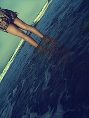 When she was young. (MBGPHOTOS) Tags: life light sea sky espaa love sol beach water rock vintage mar spain sand agua paradise do peace you playa dia arena silence vida cielo tarde rocas ola silencio mbgphotos