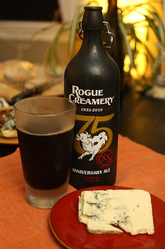 Rogue Anniversary Ale with Rogue Creamery Blue Cheese