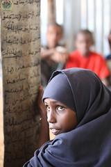 Kenya, Dadaab refugee camps. August 2011 (İHH İnsani Yardım) Tags: africa water turkey death kenya refugees hijab relief aid hunger drought somali humanitarian famine ihh dadaab ihhhumanitarianrelieffoundation