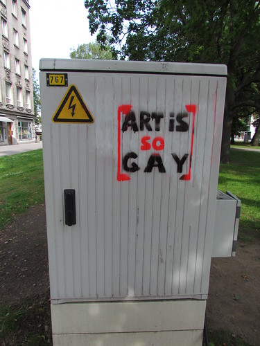 Art is so gay