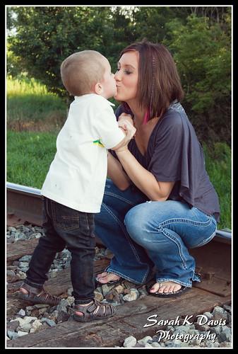 Zander Kissing Mama