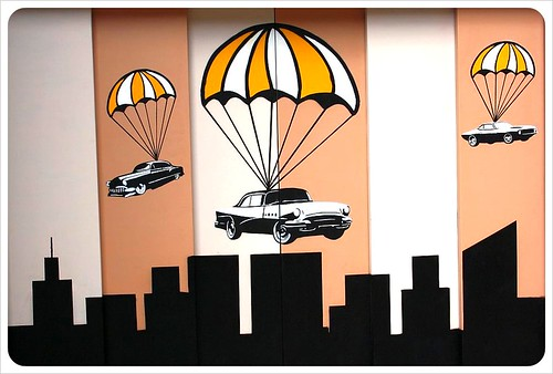 valencia street art parachutes