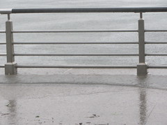 hudson river park, high tide