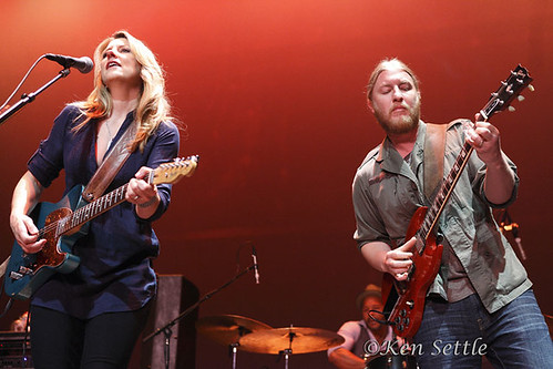 Tedeschi Trucks Band - 08-25-11 - Chicago Theatre, Chicago, IL