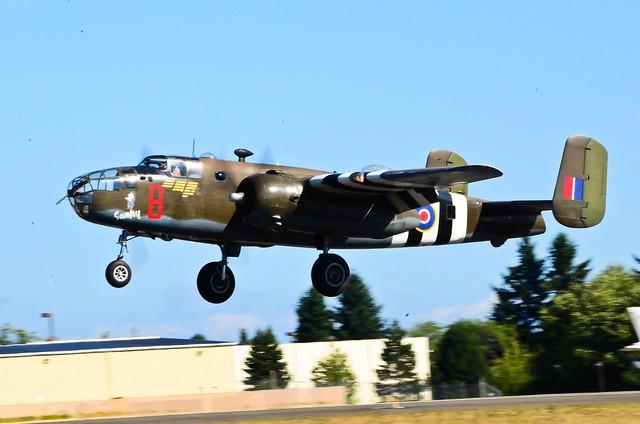"""Grumpy"" - the North American B-25D Mitchell"