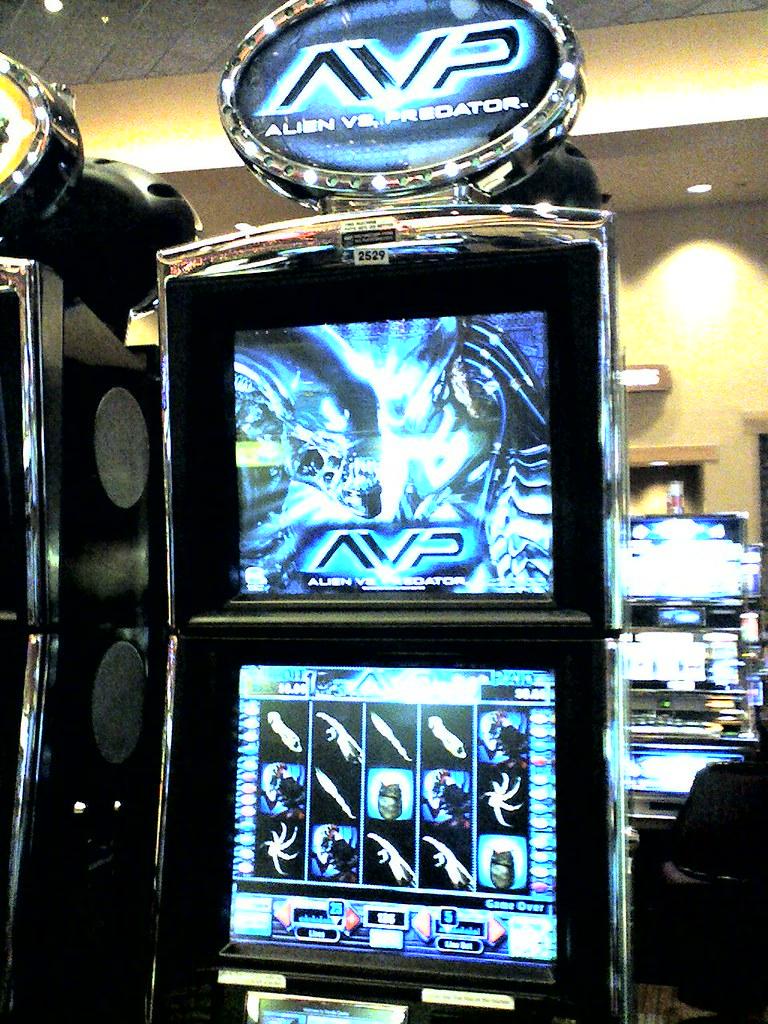 Alien vs predator free slots