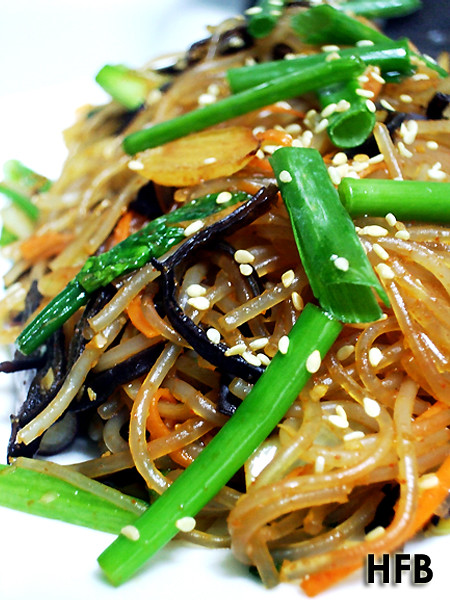 Vegetarian Stir-fry Korean Glass Noodles with Spicy Pepper Paste