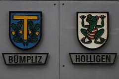 Wappen von Bmpliz und Holligen auf dem BLS RBDe 565 731 Pendel / Pendelzug mit dem Wappen der Gemeinde Bmpliz / Holligen und mit Steuerwagen ABt 971 in der Schweiz (chrchr_75) Tags: train de tren schweiz switzerland suisse swiss eisenbahn railway zug september locomotive bern christoph svizzera bls bahn treno chemin centralstation fer locomotora tog juna pendel lokomotive lok ferrovia simplon spoorweg suissa 1109 locomotiva lokomotiv ferroviaria  2011 locomotief chrigu ltschberg  rautatie  zoug trainen kantonbern ltschbergbahn regionalzug  chrchr rbde hurni pendelzug chrchr75 chriguhurni albumblsltschbergbahn albumbahnenderschweiz2011 hurni110909 albumblsrbdependel chriguhurnibluemailch