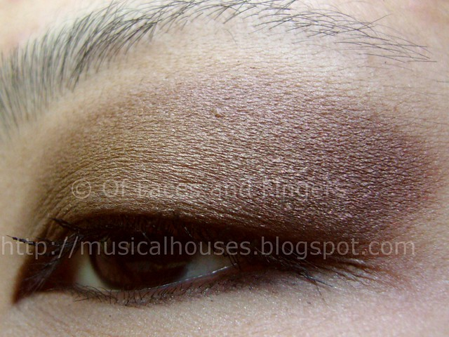 sleek au naturel olive burgundy eye look 1