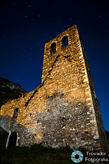 Nocturna 26 (Trovador Fotografa) Tags: stars village arte pueblo iglesia guerra paisaje estrellas nocturna aragon incendio aragones estructura sistema canfranc abadia estelar