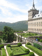 escorial (danielnanreik) Tags: world madrid blue sleeping white mountain black color roma tree castle church beauty architecture river de real spain catholic view cathedral roman stadium soccer military south muslim disney seville andalucia aqueduct spanish toledo seats segovia alhambra granada universidad alcazar vista moor academy futbol fortress ronaldo alcala bernabeau medievial hernares