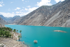 Satpara lake. (Afrazov) Tags: pakistan lake gilgit skardu baltistan sadpara satpara concordians