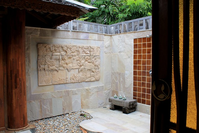 Open-air bathroom