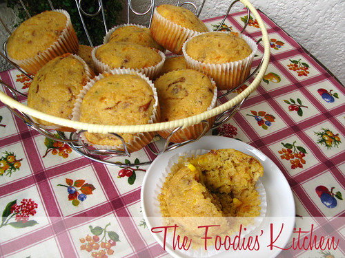 Cornbread Muffins with Caramelized Onions