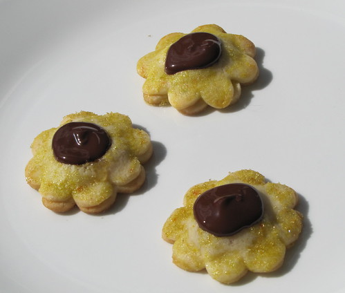 Honeybell Flower Cookies 6