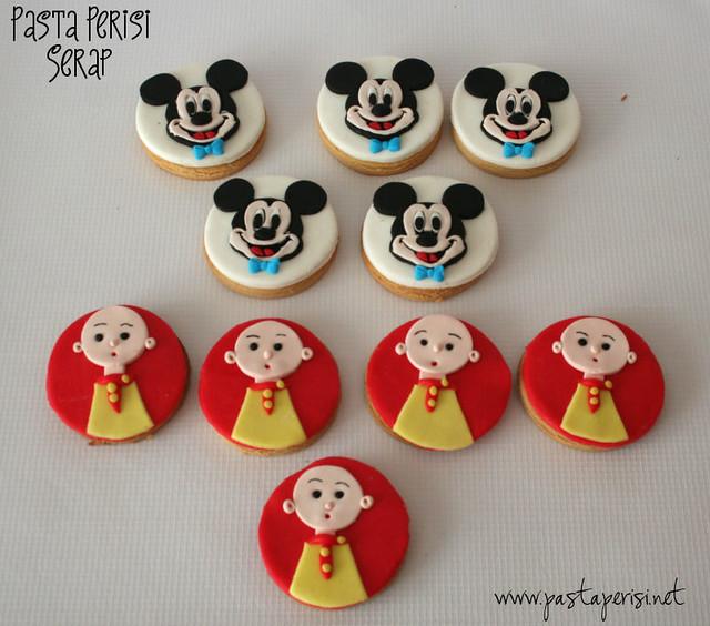 Caillou kurabiye- Mickey mouse kurabiye