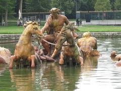 2011-3-france-versailles-94-jardins