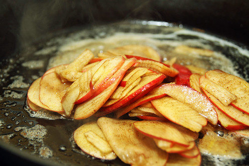 skillet apples
